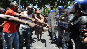 south-africa-protest-2013