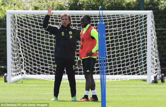 Conte Salutes Moses' Brilliance Against Spurs