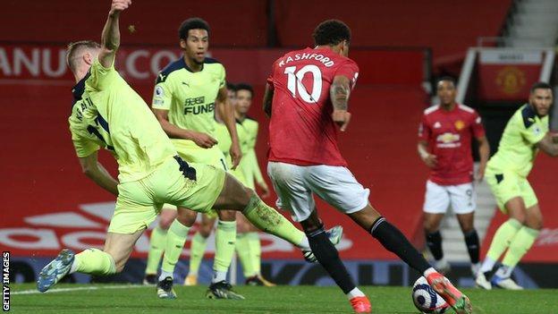 Man United Bounce back to Beat Newcastle.