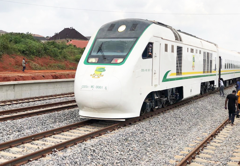Buhari Launches Rehabilitation Of Port-harcourt Eastern Narrow-gauge
