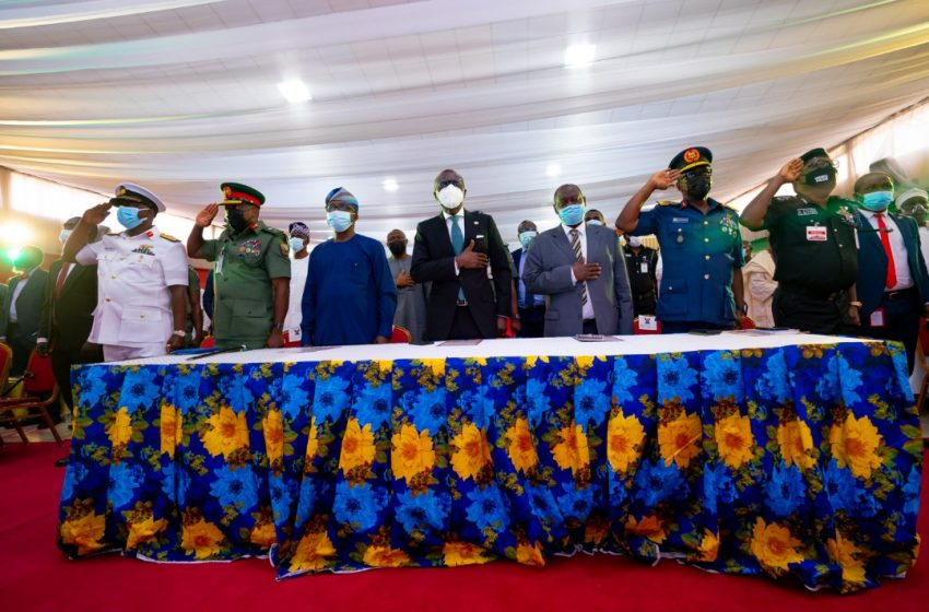 Sanwo-Olu Gets Lagosians' Backing To Tackle Security Challenges.