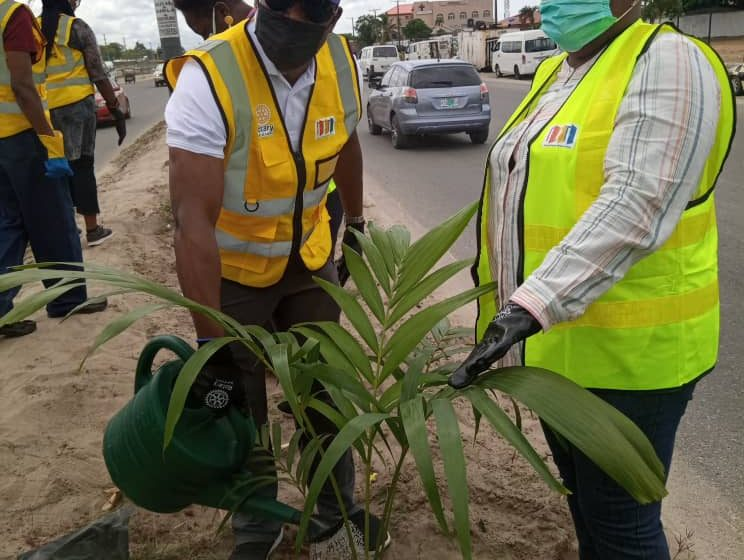 LASPARK, Rotary Club Plant 60 Trees To Commemorate Anniversary