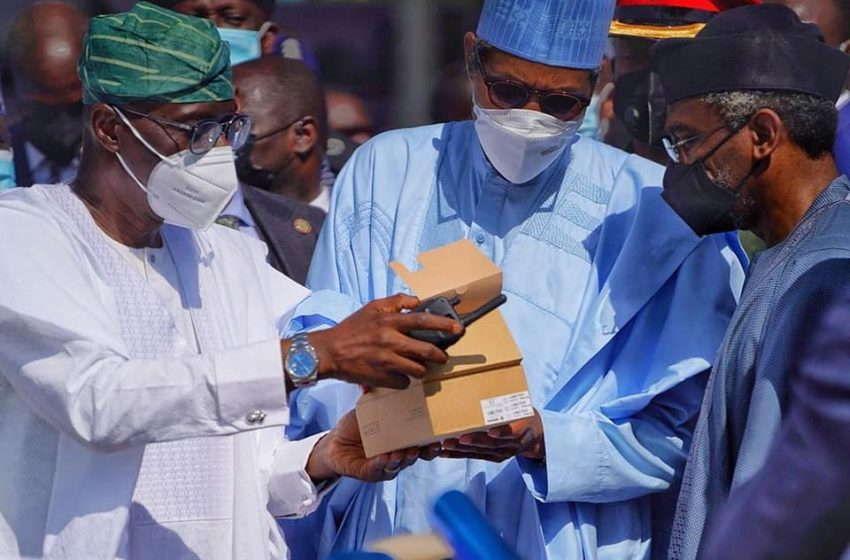 Sanwo-Olu Hands Over Crime Fighting Equipment To Police, Asks Security Agencies To Crush Criminals