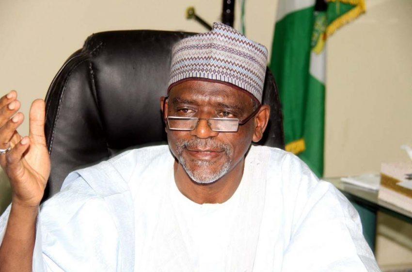 FG Set To Implement Buhari's Promise On Teachers' Salaries