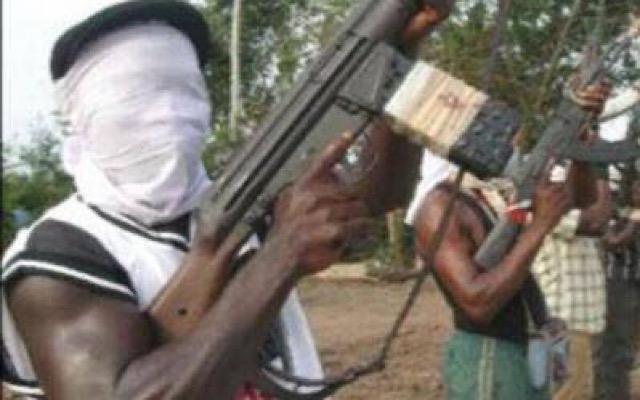 Gunmen Hijack Ondo School Bus, Release School Attendant