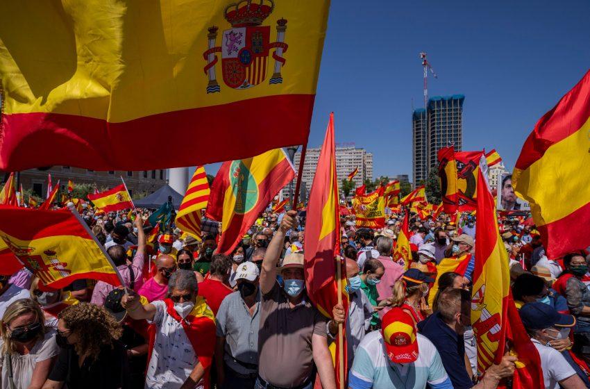 Spain Pardons Jailed Catalan Separatist Leaders