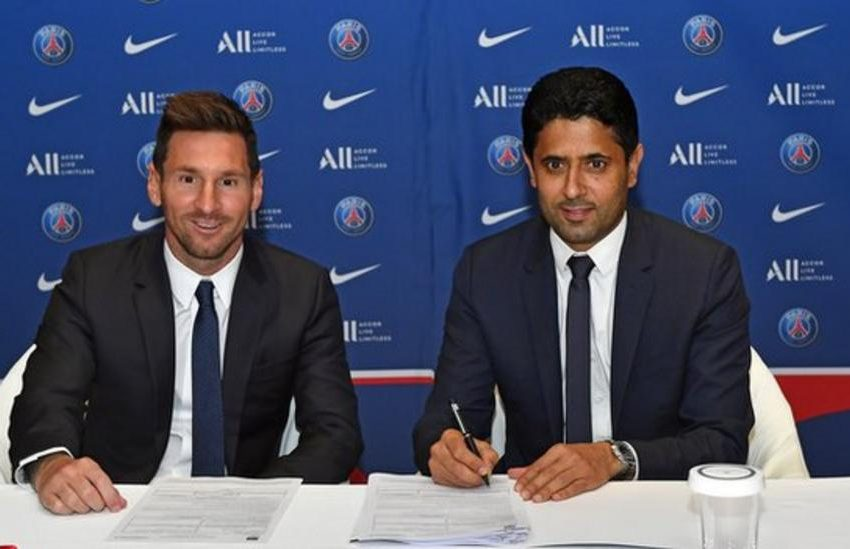 Messi signs for PSG