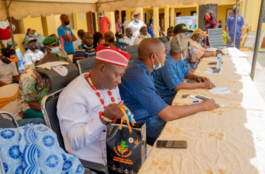 LAWMA Boss Meets Lekki Stakeholders On Waste Management, Policing