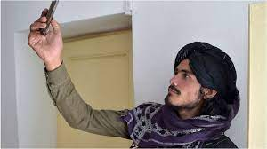 Afghanistan: Facebook continues ban of Taliban-related content