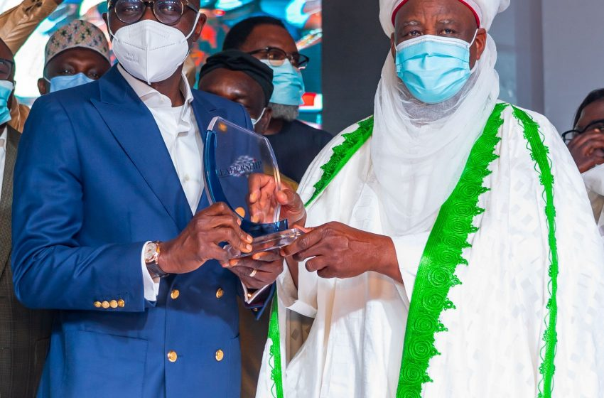 Sanwo-Olu Receives Leadership Governor Of The Year, Says Award Marks Lagosians' Resilience